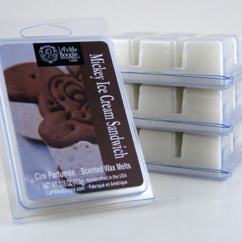 Mickey Ice Cream Sandwich ~ Disney Parks Inspired/Inspiré ~ Scented Wax Melts ~ Cire Parfumée ~ NET WT 2.75oz (77.9g)