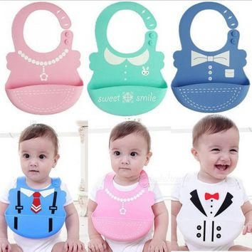 Baby Bibs Waterproof Silicone Feeding Infant Saliva Towel Newborn Cartoon Aprons Baby Food-grade Silicone Bibs One Size/white