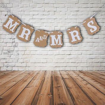 MR and MRS Photo Booth Prop Wedding Decoration Bunting Garland Banner Rustic TBC