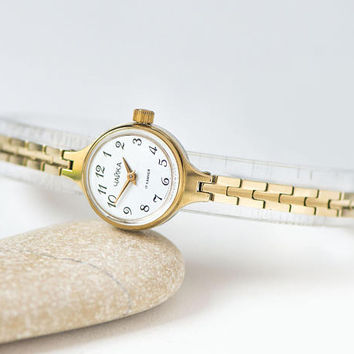 Vintage women's watch bracelet Seagull, gold plated woman watch petite, cocktail watch jewelry her, feminine watch tiny round, party watch