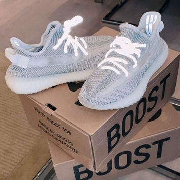 Adidas Yeezy 350V2 BOOST Fish silk white ash Gym shoes fbc8eae197