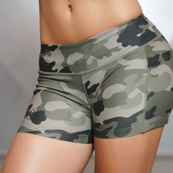 Women Sexy Sport Shorts Camo Shorts With Side Phone Pocket Fitness Cross Training Cardio Cycling Sexy Yoga Tights