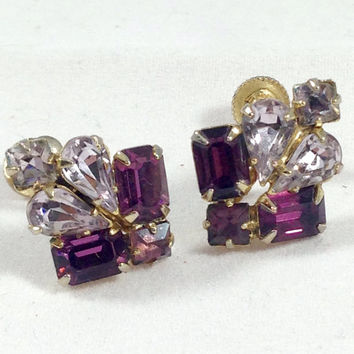 Vintage earrings. Vintage screw back clip earrings. Rhinestone earrings Vintage clip earrings. Purple earrings. TBFB0162