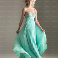 Empire Sweetheart Emerald Ruffles Chiffon Floor-length Prom Dress at Millybridal.com