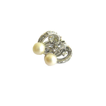 Faux Pearl Clear Rhinestone Screwback Earrings