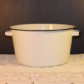 White Enamel Stock Pot Vintage Camping Pot with Handles Black Trim Stockpot Soup Pot Enamelware Cooking Pot Farmhouse Rustic Kitchen
