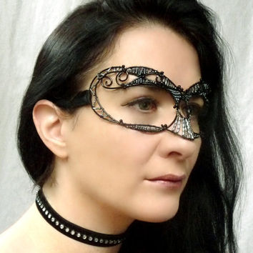 gothic masquerade mask handmade by gringrimaceandsqueak on Etsy