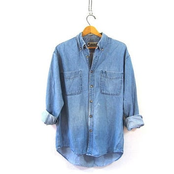vintage distressed jean shirt. denim shirt. button down shirt. pocket shirt.
