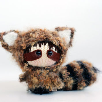 Raccoon Doll with removable tail - pdf knitting pattern