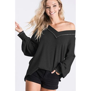 Thermal V Neck Top with Puff Sleeves - Black