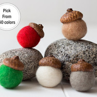 5 Felted Acorn. Felt Ball Acorn Ornaments.Christmas tree ornaments.Acorn Pom Pom. Wool Felt Ball Acorns. Christmas decorations.Gift wrapping