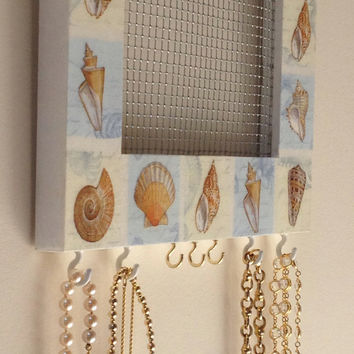 Hanging Jewelry Screen Holder for the Wall - Sea Shells