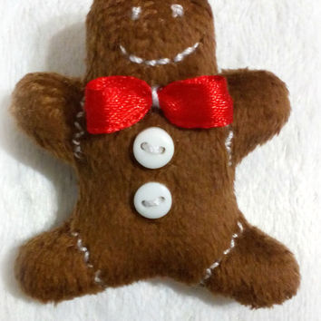 Brooch gingerbread man Free shipping Gift Christmas gift Stuffed toy Gift for him For her