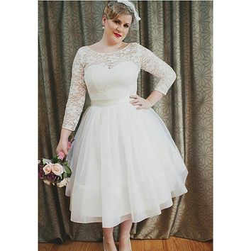 New Stunning Short Plus Size Wedding Dresses Long Sleeve Lace Tulle A Line Tea length Vintage Bridal Gowns Custom Made