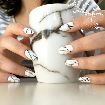 Reusable White Stone Marble Press-On Nails (Set of 24)
