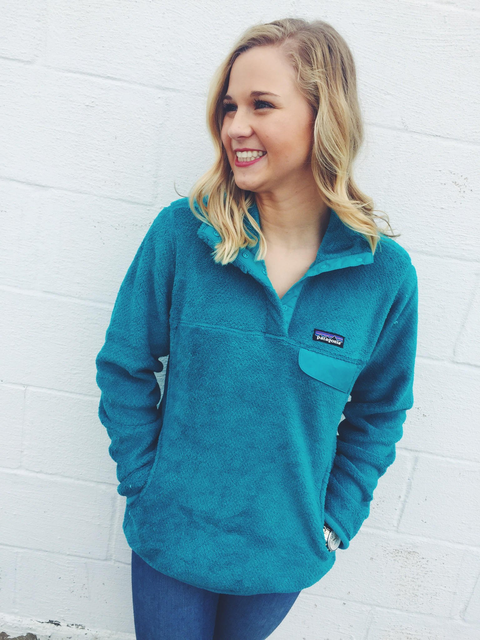 Patagonia Women s Re-Tool Snap-T Fleece Pullover- Epic Blue 190900cafe