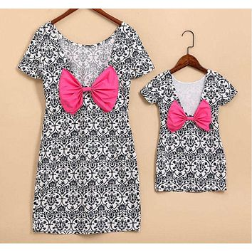 Family Dress New Summer Family Matching Outfits Mother And Daughter Printing Bow knot Dresses