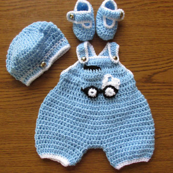 Baby Boy Coming Home Outfit, Newborn Knitted Baby Hats, Newborn Boy pants booties , Baby Boy Hat, Baby Crochet Pants, truck applique
