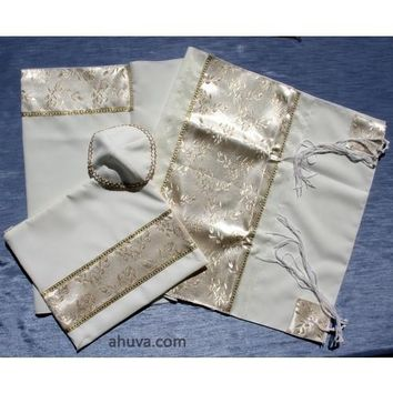 Golden Tallit Prayer Shawl