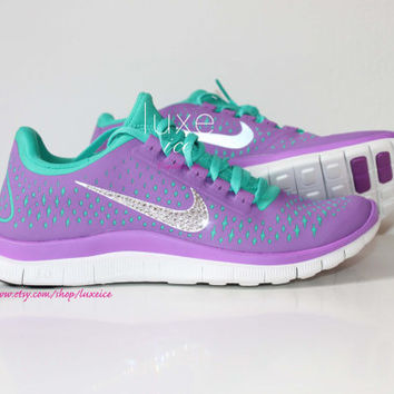 NIKE run free 3.0 v4 running shoes w/Swarovski Crystals detail - Purple/violet green LIMITED size 8