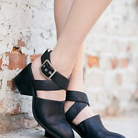 Jeffrey Campbell + Free People Womens Blaine Block Heel - Black,