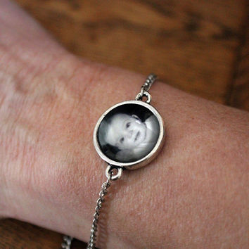Custom Photo Bracelet - Personalized Simple Chain Bracelet with Photograph - Gift for Valentines Day, Mothers Day, Bridesmaids