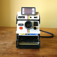 Retro Polaroid One Step Land Camera with Q Light