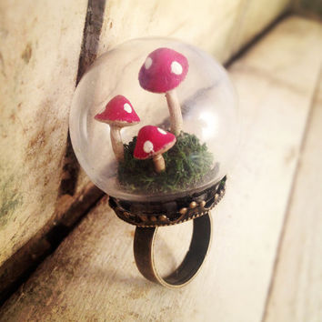 Mushroom Terrarium Globe Ring GLASS ring Antique bronze vintage style ring