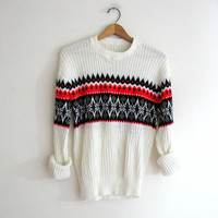 vintage boyfriend sweater.  pullover ski sweater with snowflakes. size L