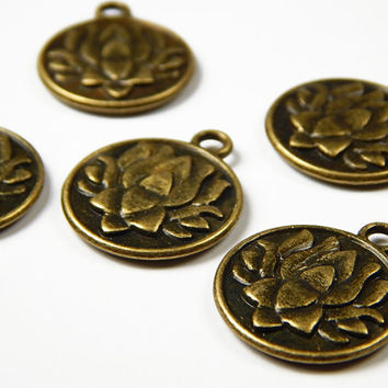 5x Bronze Lotus Flower Charms - 20x24mm - Yoga Charms - Jewelry Supplies - Charms - Craft Supplies