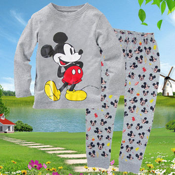 2016 New Cartoon Cute Minnie Mouse Sleepsuit Baby Boys Girls Spring Clothes KidsHomewear Nightwear Sleepwear Pyjamas sets Outfit