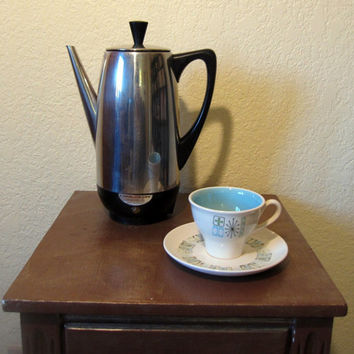 Vintage 50s Special Edition Farberware Superfast Percolator. Model 122B. Mid Century Modern.