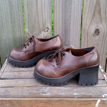 Vintage 90s Chunky Soles US Size 8 Brown Platform Alternative Indie Grunge Indie Hipster Lace Up Shoes