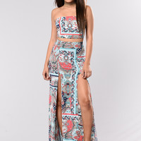 Lady In Paisley Set - Blue Multi