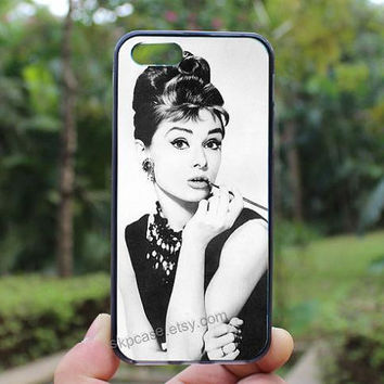 Audrey Hepburn,iphone 4 case,iPhone4s case, iphone 5 case,iphone 5c case,Gift,Personalized,water proof