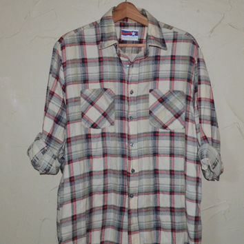 Vintage Plaid Flannel Shirt Vintage 80s Off White and Red Flannel Lumberjack Grunge Unisex Shirt slouchy button up Checkered Size Large