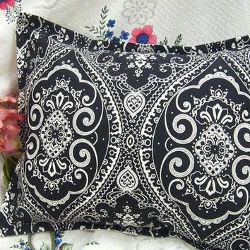 SPECTATOR PAISLEY - Pair Custom Made Decorative Boudoir Pillow Shams - Ralph Lauren F
