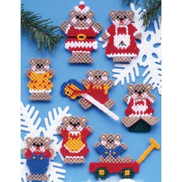 "Christmas Teddy Bears (7 Count) Design Works Plastic Canvas Ornament Kit 3"" Set of 8"