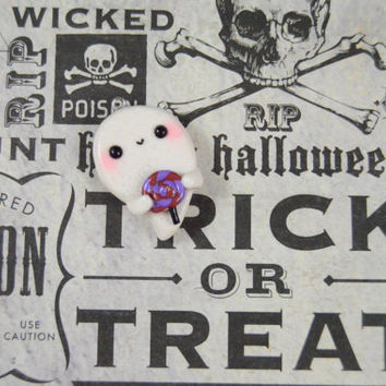 Kawaii Ghost Charm, Polymer Clay Charm, Cute Halloween Charm, Ghost Pendant, Halloween Accessory, Ghost Charm