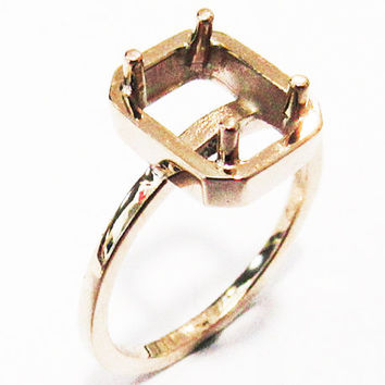 Ring Mounting Engagement Ring Solitaire Ring in Solid 18K Rose Gold for Emerald cut stone