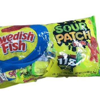 SOUR PATCH KIDS & SWEDISH FISH Halloween Candy Variety Pack, 115 Trick or Treat Size Packs (0.5 oz.)