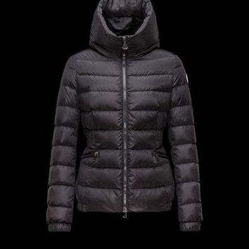 ONETOW Moncler Raie Hooded Down Puffer Jacket