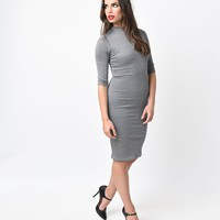1960s Style Silver Metallic Half Sleeve Knit Wiggle Dress