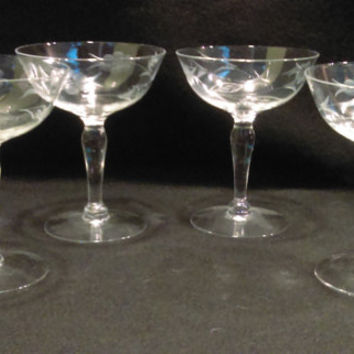 Set of 4 Etched Champagne Coups, Champagne Glasses (1148)