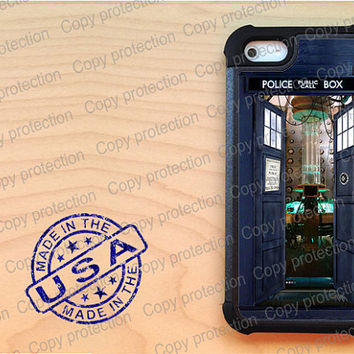 SALE iPhone 5 case with extra protection - Bigger on the inside Tardis Doctor Who iPhone 5 hard case, 2 piece rubber lining case