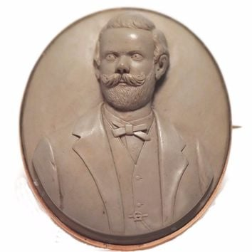 1870s Victorian Gentleman Lava Cameo Brooch 6k Gold Setting Large