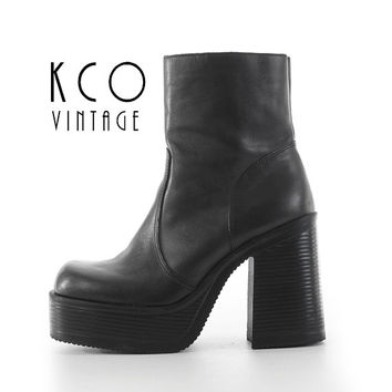 Black Platform Boots 7.5 Vintage Steve Madden Chunky Leather Ankle Boot / 90's Vintage Stacked Block 4.5 High Heels US 7.5 / UK 5.5 / EUR 38