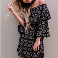 Trumpet Sleeve Lace Patchwork Print Dress B0013959