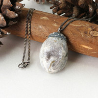 Natural Gray Geode Druzy Crystal Pendant Stone Necklace