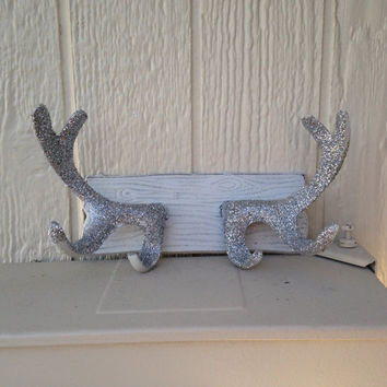 Shabby chic cast iron glitter white antler hook